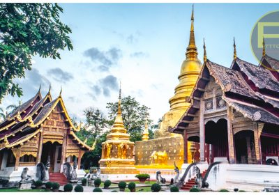 Wat Phra Singh private tour